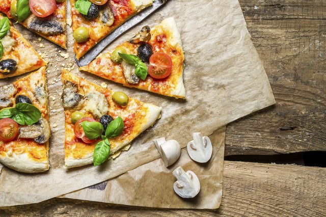 Freshly split a pizza